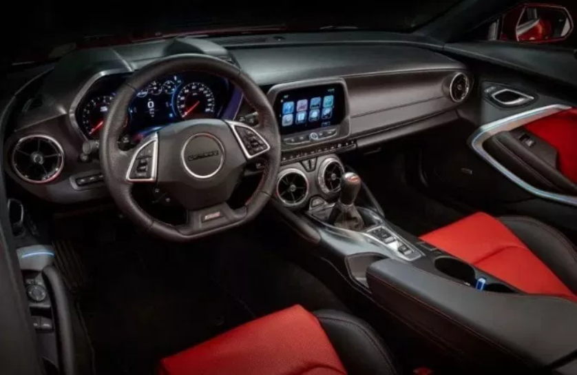 2021 Chevrolet Camaro Interior