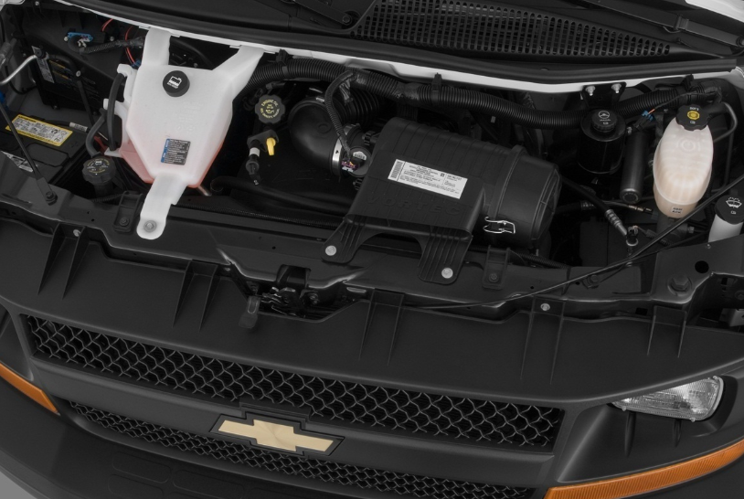 2021 Chevrolet Express Engine