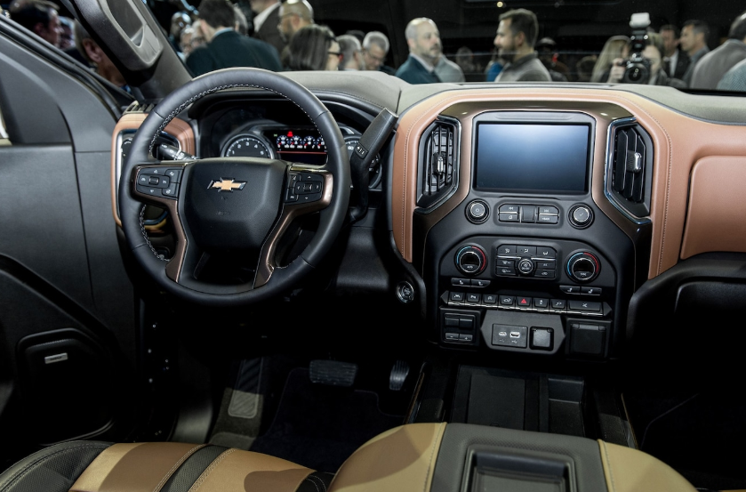 2021 Chevrolet Express Interior