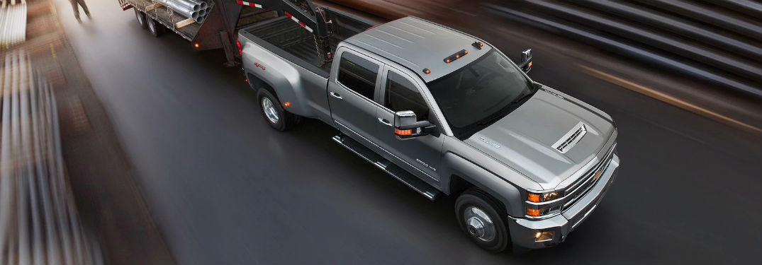 chevy silverado   wheel towing capacity chevrolet engine news