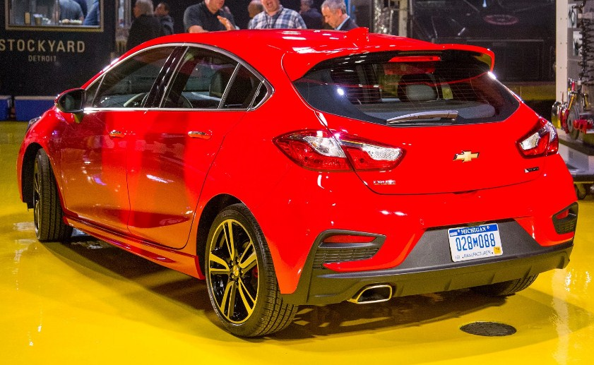 2020 Chevy Cruze Interior Changes | Chevrolet Engine News