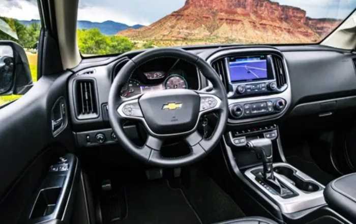 New 2022 Chevrolet Colorado Interior