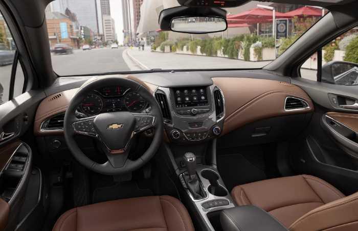 New 2022 Chevrolet Cruze Interior
