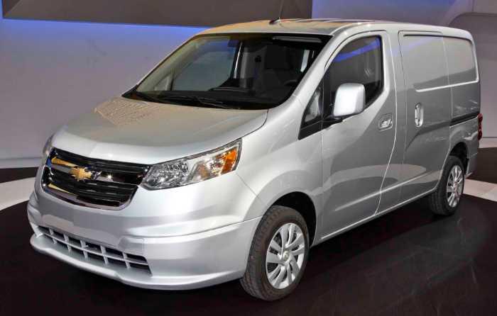 New 2022 Chevrolet Express Exterior