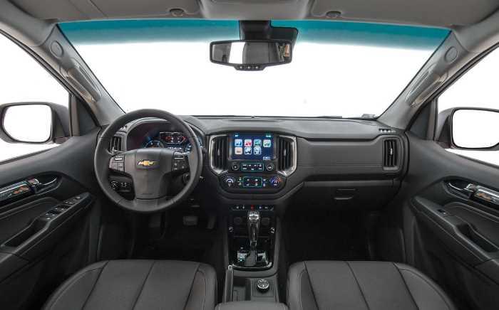 New 2022 Chevrolet S10 Interior